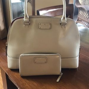 Kate Spade Purse and Matching Wallet..